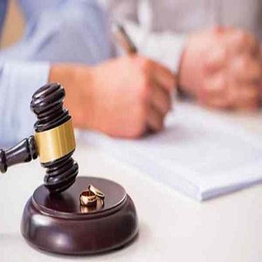 Yêu cầu ly hôn trong trường hợp không biết nơi ở, làm việc của bị đơn
